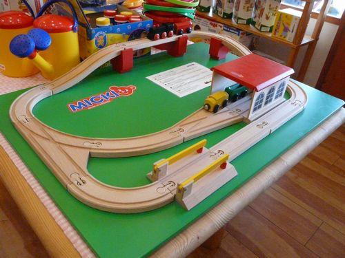 01_rail.jpg