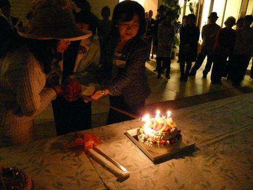 03_yosanoakiko2013_cake01.jpg